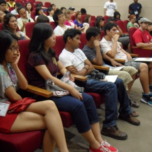Seoul consults foreign students via green tour