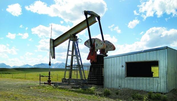 Oil well on Blackfoot Tribal Land